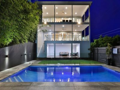 Three storey home finesse projects brisbane builders