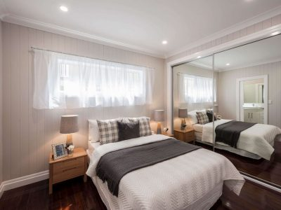 Main bedroom with wardrobe mirror